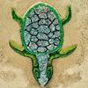 черепаха из песка и бутылок