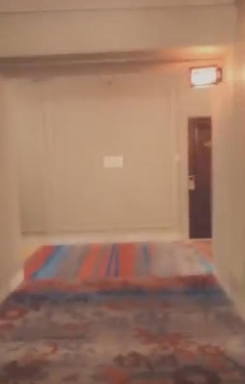 привидение в старом отеле