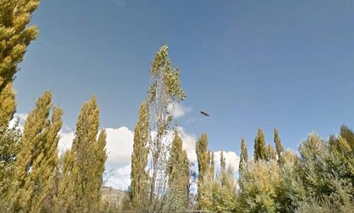фото летательного аппарата в небе