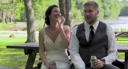 жених с невестой и упавшая ветка