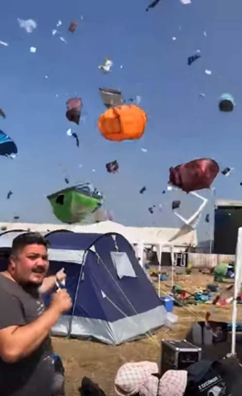 мини-торнадо на фестивале