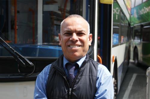 самый низкий водитель автобуса