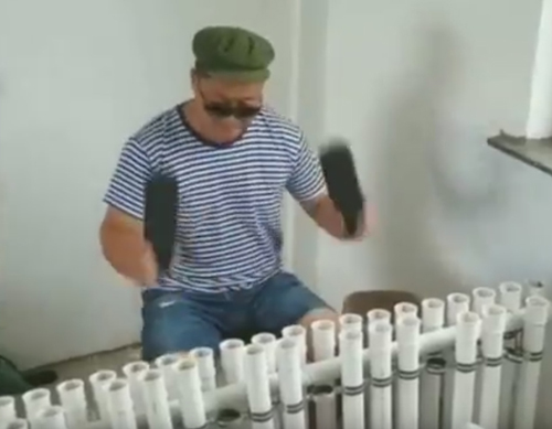 сантехник стал музыкантом