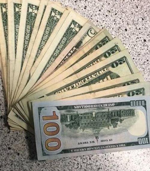 честный подросток нашёл деньги