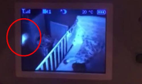 таинственное явление в спальне