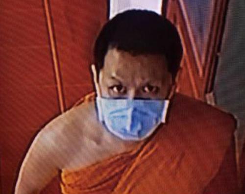 монах завёл преступную привычку