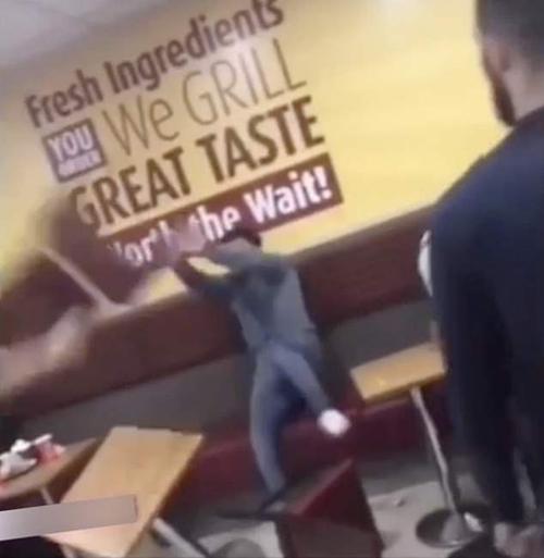 жестокая драка в ресторане