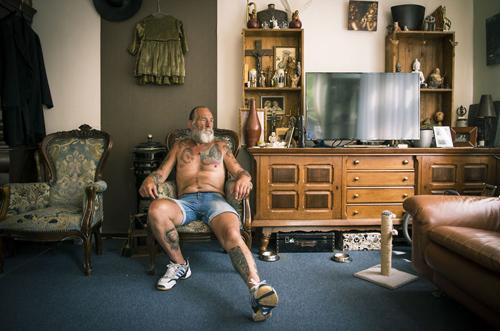 татуированные пожилые модели