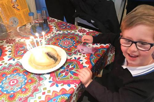 неприличный торт для сына