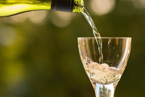 фонтан из игристого вина