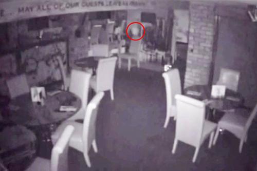 призраки в старом баре