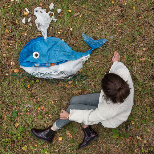необычное мусорное творчество