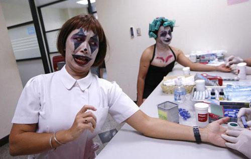 доноры крови на хэллоуин