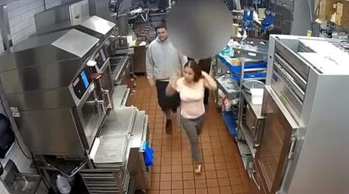 драка в ресторане из-за кетчупа