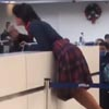 пьяная пассажирка в аэропорту