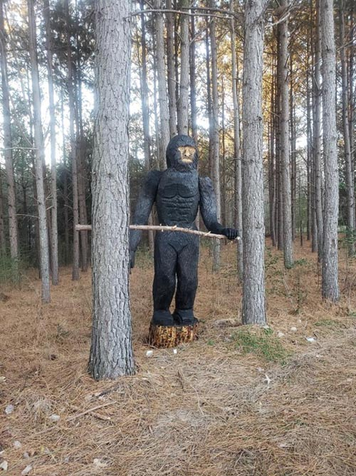 деревянный снежный человек