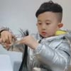 мальчик стал парикмахером