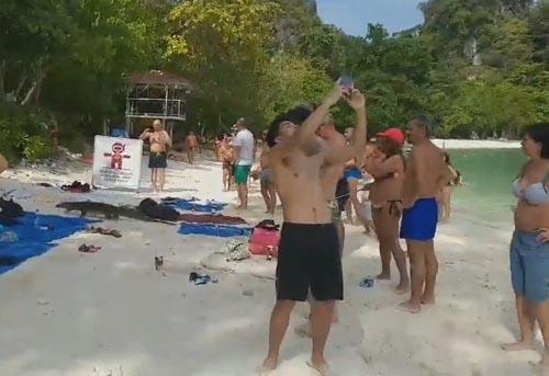 варан явился на пляж