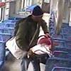 малыш уехал от папы в поезде