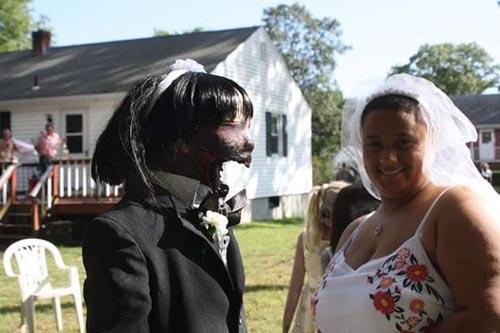 свадьба с зомби-куклой