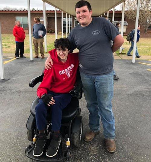 инвалидная коляска для друга