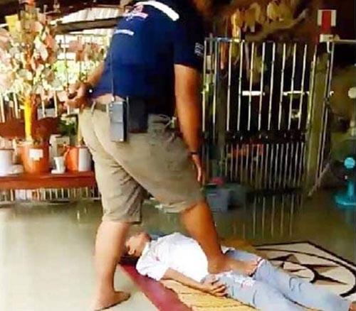 массажист сломал клиентке ногу
