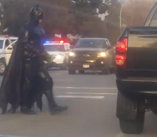 помощь бэтмена не понадобилась