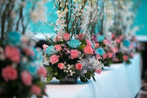 невеста украла цветы у соседки