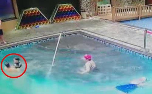 пенсионер спас ребёнка из бассейна