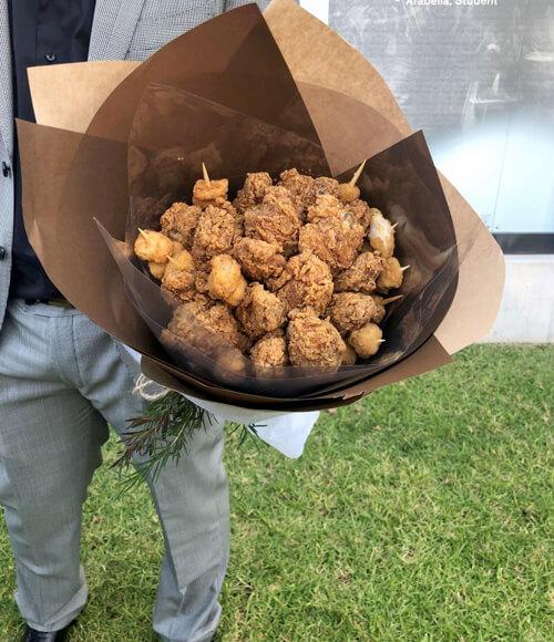 букет из жареной курицы