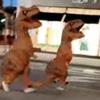 динозавры гонятся за джипом