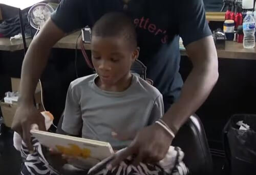 скидка в парикмахерской за чтение