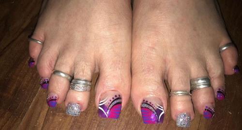длинные ногти на ногах