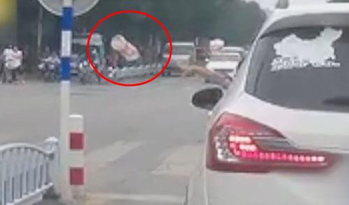 водителю вернули его мусор