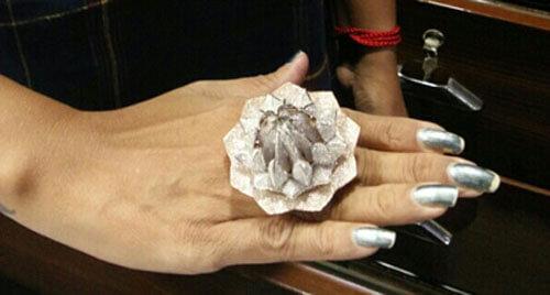 рекордное бриллиантовое кольцо