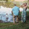 малыш искупался в грязном озере