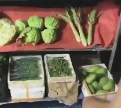миниатюрные овощи и фрукты