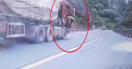 храбрец и сбежавший грузовик