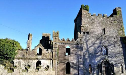 призрак в старом замке