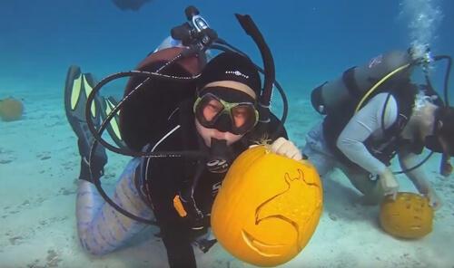 подводное вырезание из тыкв
