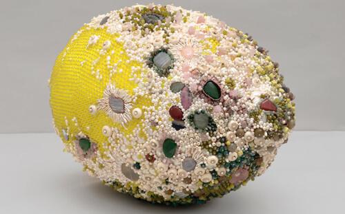 скульптуры гнилых фруктов