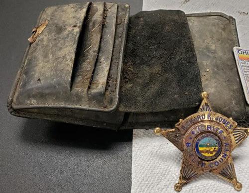 старый бумажник шерифа