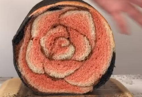выпечка в виде цветка розы