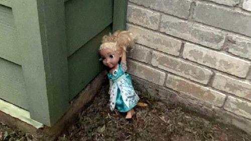 кукла говорит на иностранном языке