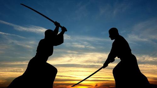 драка с женой на мечах