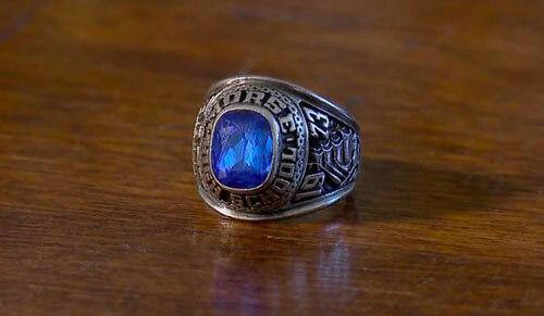 кольцо покойного супруга