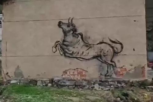 художник рисует огнём