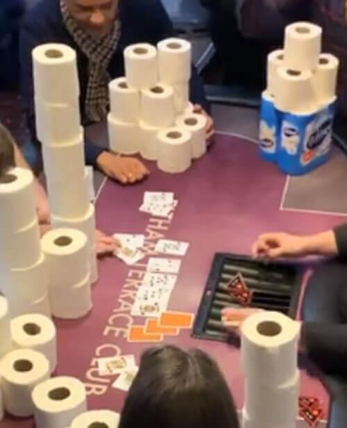 странные ставки в покере