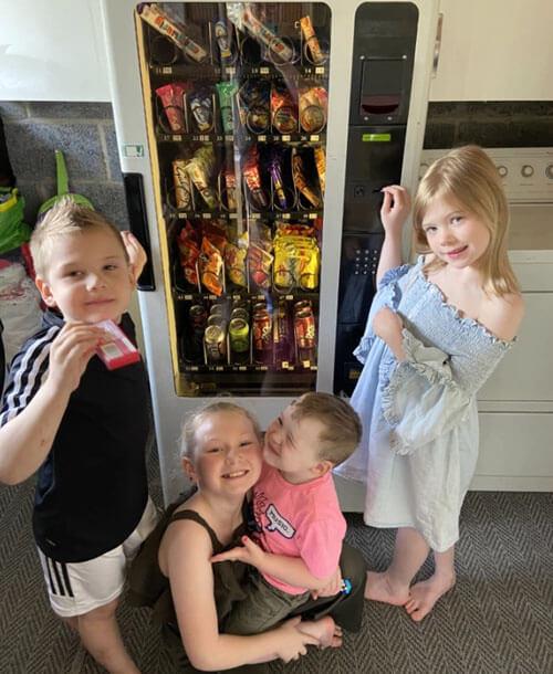 торговый автомат для детей