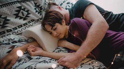 подушка для удобства рук